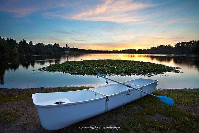 Rowboat on Deer Lake