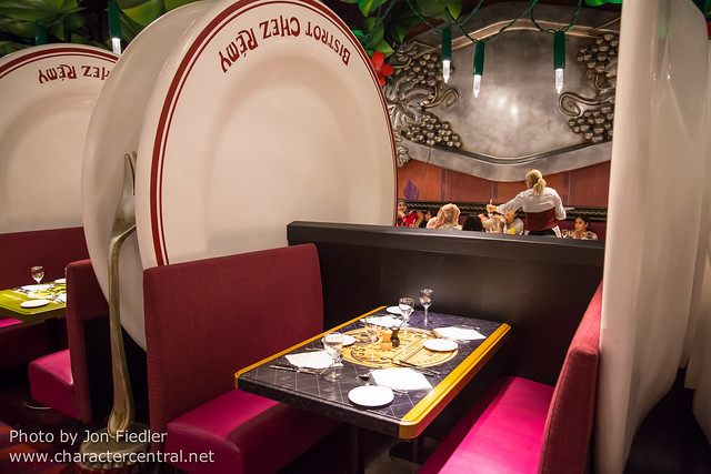 DLP Aug 2014 - Eating at Bistrot Chez Remy