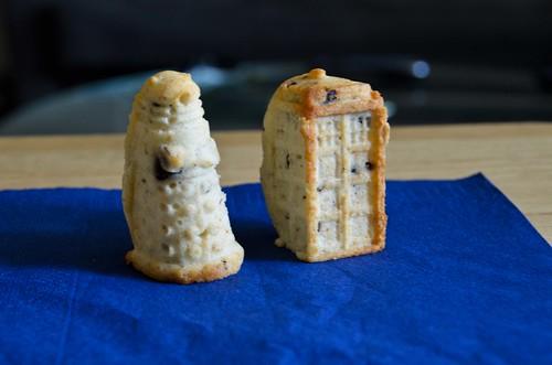 TARDIS Chocolcate Chip Cakes