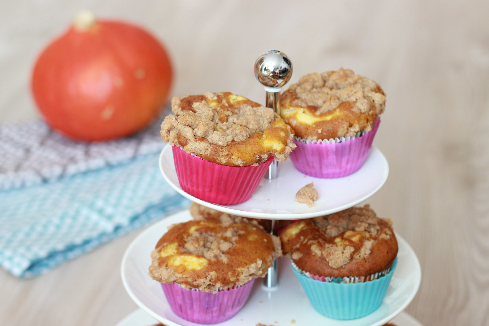 Pumpkin Cheesecake Muffins 09