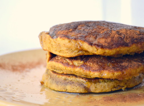 Hearty Pumpkin Oat Pancakes