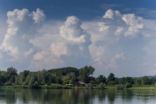 Wolken am See