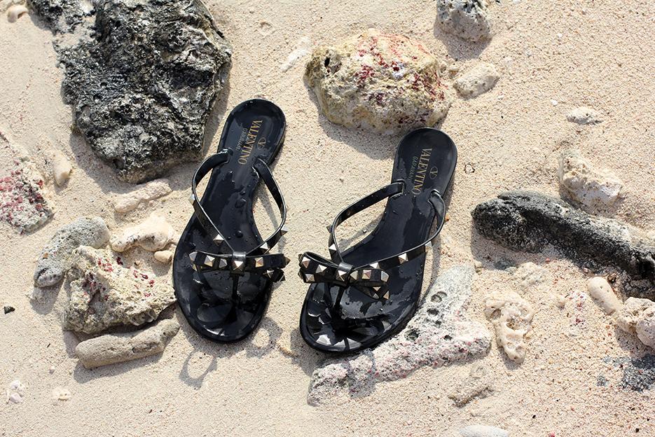 POSE-beach-dance-6