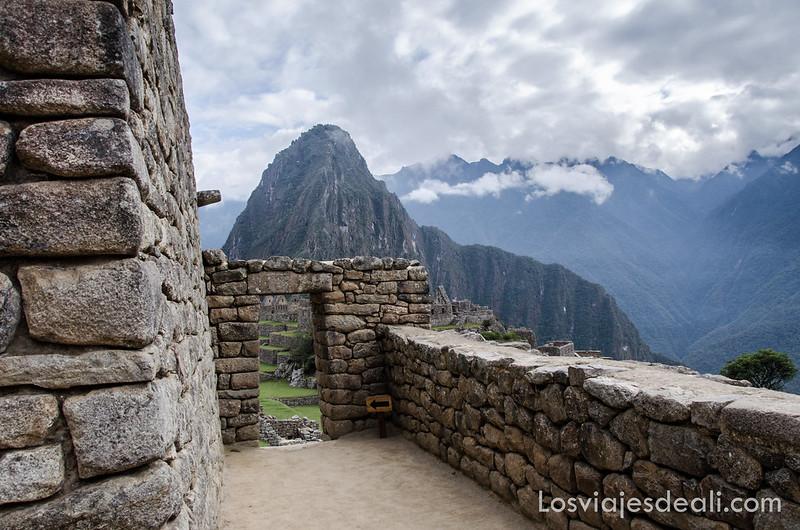 vista del Wayna Picchu desde Machu Picchu