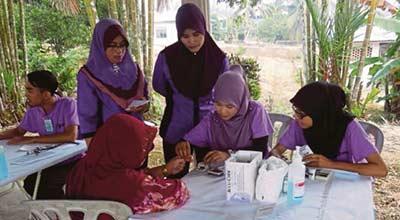 Free medical checks at Kg Parit Hassan