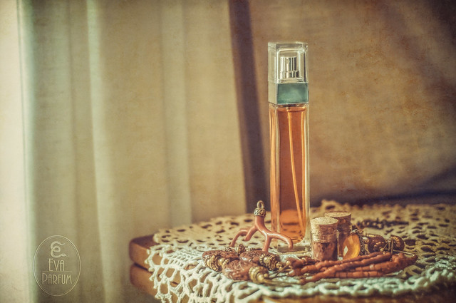Parfum et bijoux