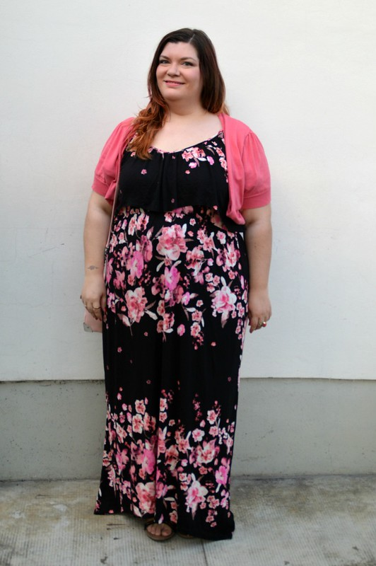 Outfit rosa e floreale 2