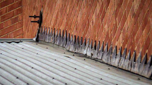 How To: Roofing   Capping And Installing Ridge Vent