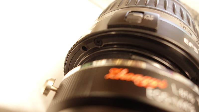 Secure hole of EF-S lens
