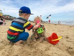 20140526 Beach play 001