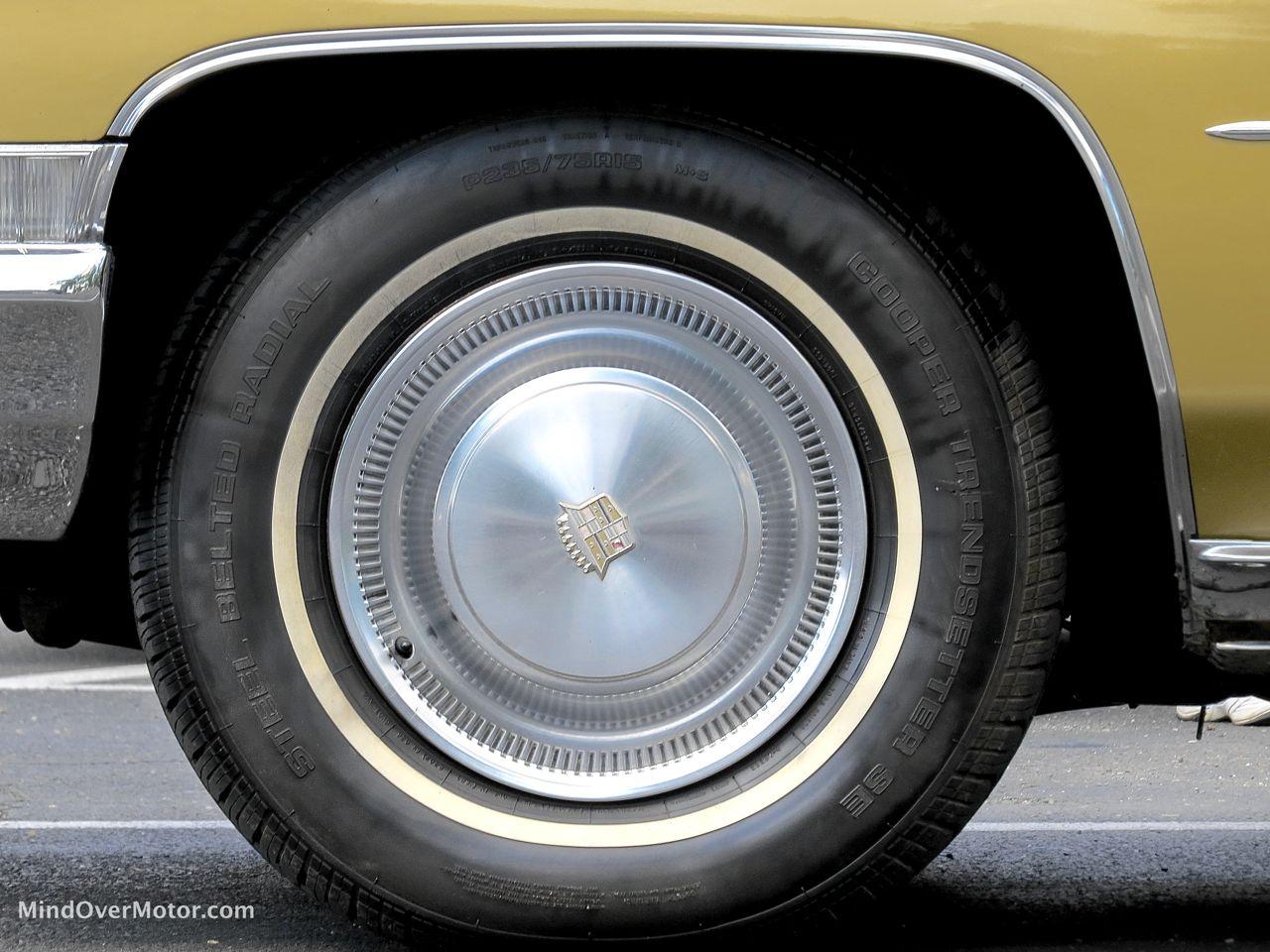 1971 Cadillac Sedan DeVille Wheel