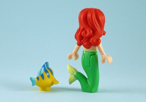 LEGO Disney Princess 41050 Ariel's Amazing Treasures 09