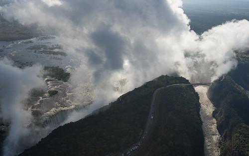 river nikon smoke falls spray zimbabwe victoriafalls thunder mosi zambezi vicfalls d600 zambeziriver tunya mosioatunya nikond600 smokethatthunders