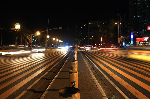 PedXing: Roxas Boulevard Pedestrian Crossing