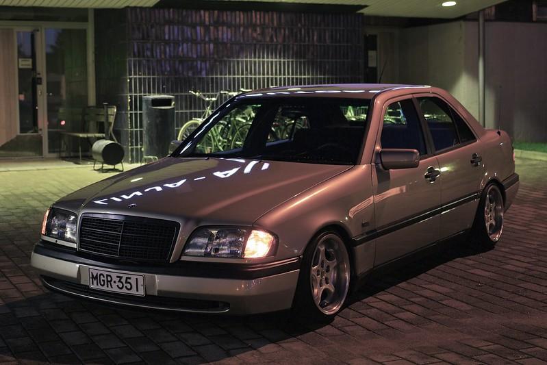 Kuvia käyttäjien autoista - Sivu 5 15040256796_52c5f9947a_c