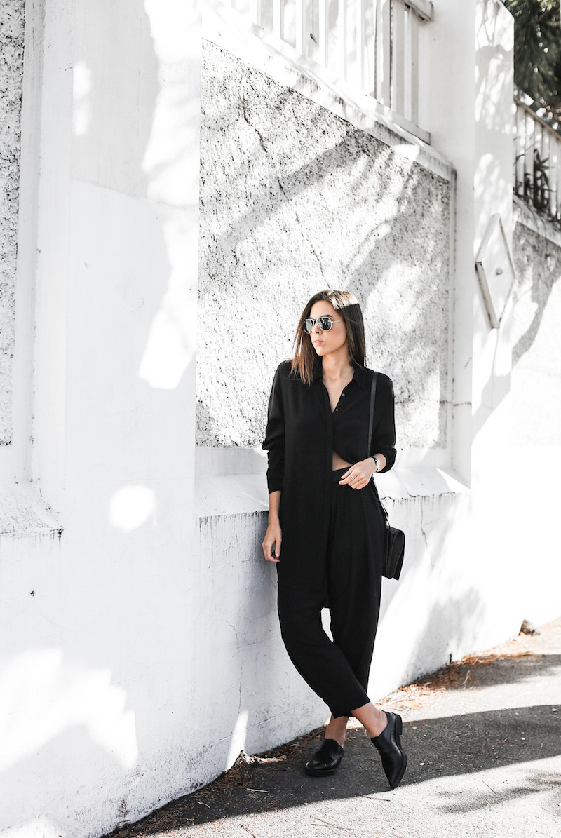 modern legacy fashion blog Australia street style all black outfit Helmut Lang oxfords Alexander Wang cross body bag slouchy pants BC oversized boyfriend shirt Ray Ban aviator sunglasses (4 of 10)