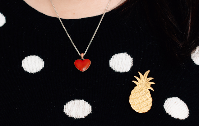 polka dot and striped top w/ heart necklace & pineapple brooch