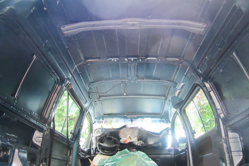 RelaxedPace02189_Vanlife100HS3909