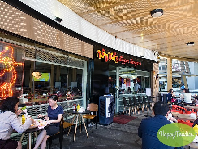 Restaurant facade with outdoor dining area