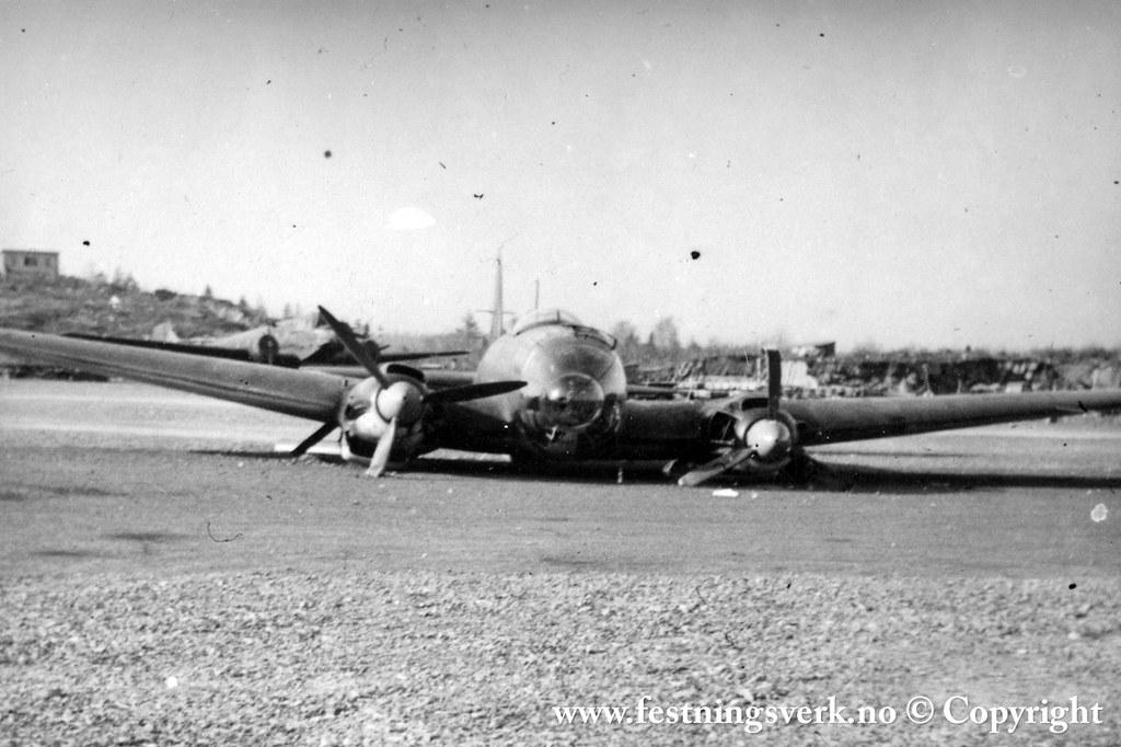 Feltflyplass (2126)