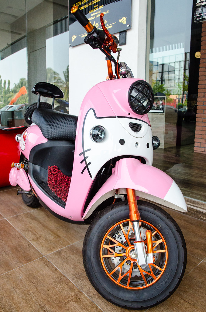 Hello Kitty motorbike at A+ Boutique Hotel Sekinchan.