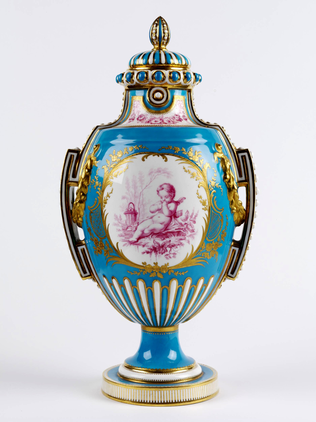 Vase and cover, Minton (manufacturer), Stoke-on-Trent