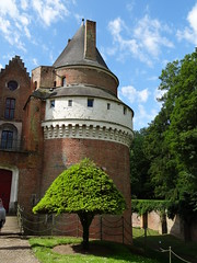 Tour Normandie 205 Chateau de Rambures - Photo of Frettemeule