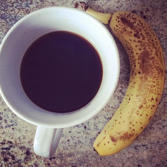 Day 10, #Whole30 - breakfast (black coffee & banana)