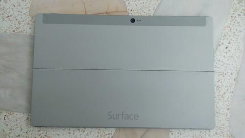Microsoft Surface 2 ด้านหลัง