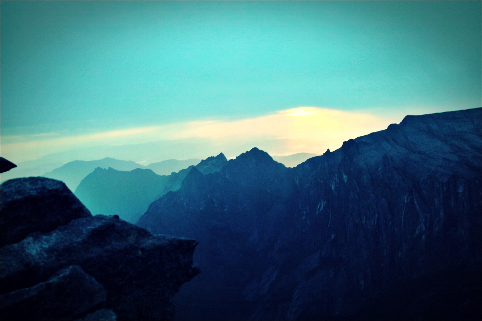 정상 풍경-'키나발루 산 등정 Climbing mount Kinabalu Low's peak the summit'