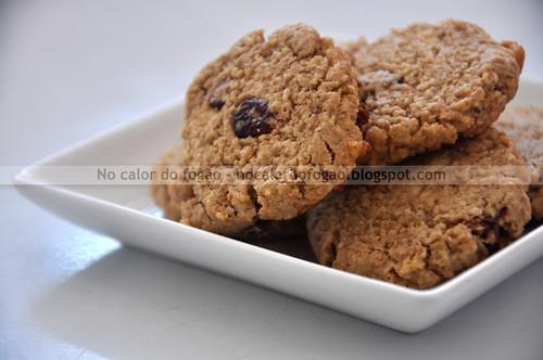 Cookies de aveia, limão, cranberries e chocolate branco