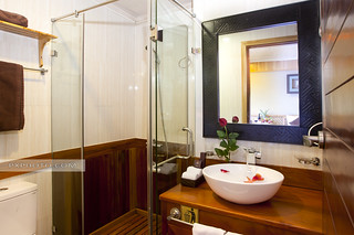 Bathroom - Pelican Cruise
