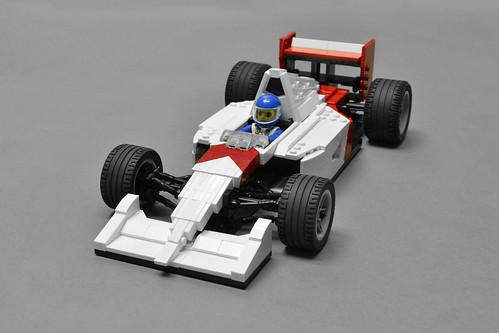 McLaren MP4/6 (1)
