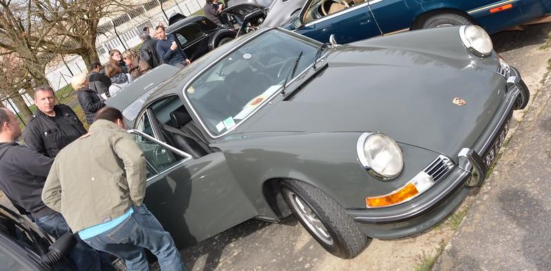 Porsche 911-T / 2,0 litres 14678786971_50895a26a7_c