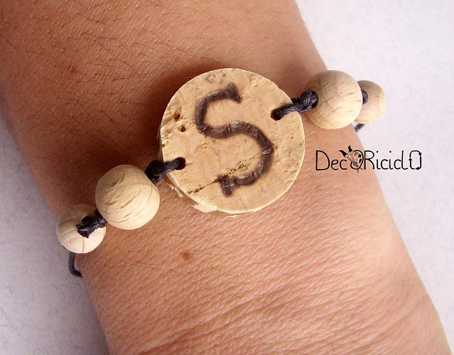 braccialetto legno e sughero pirografato 2