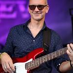 7 Uli zupft den Bass