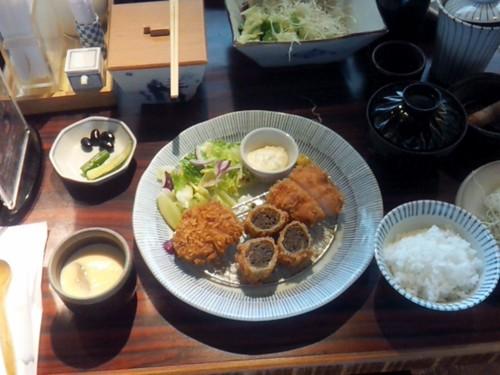九州杏子日式豬排_SOGO復興店_杏子招牌特餐 (8)