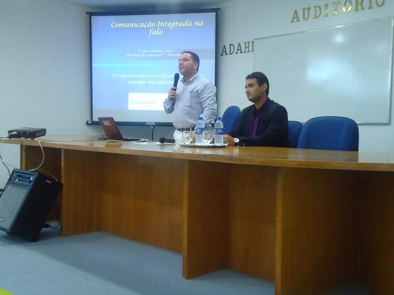 Curso de Oratória, comunicação integrada na fala.