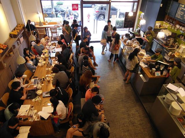 人潮超多@台北內湖,覺旅咖啡 Journey Kaffe