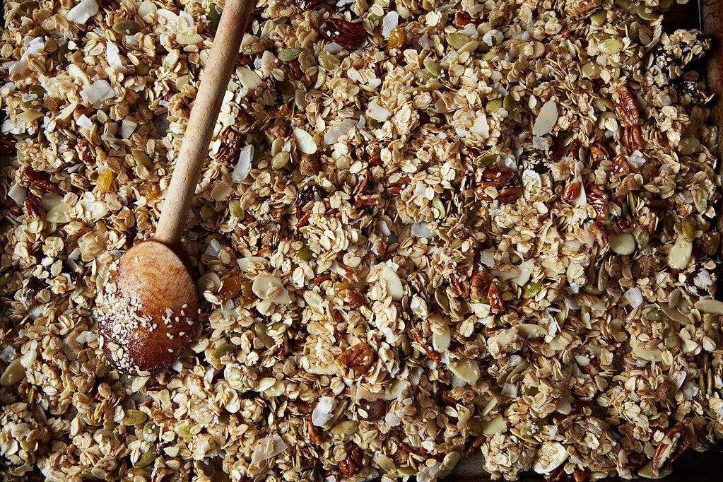 How to Make Granola Without a Recipe