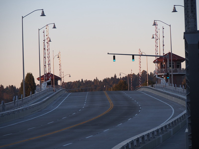 South Park Bridge: OLYMPUS DIGITAL CAMERA