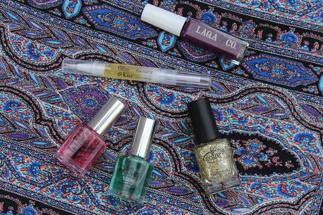 Dark Plum Manicure with Gold Glitter   Fall Nails   #LivingAfterMidnite