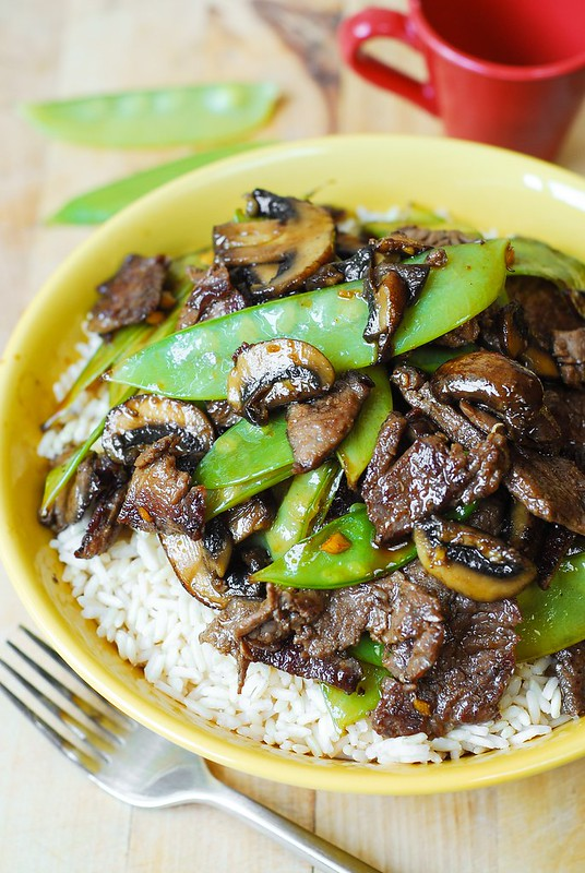 Asian beef with mushrooms and snow peas julias album asian recipes asian dinner chinese beef with snow peas asian beef with snow forumfinder Choice Image