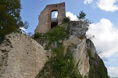Ferrette.Les ruines du château de Ferrette.3