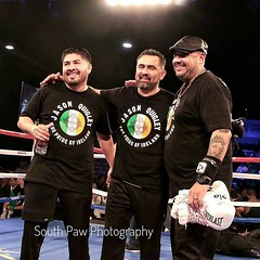 Thank you @southpawphotography1 for the wonderful memory captured here post @jayquigley1 's Title Victory with two of the best in the biz @manuel.boxing and @el.estrellita01  **REPOST @southpawphotography1** #TeamQuigley🍀