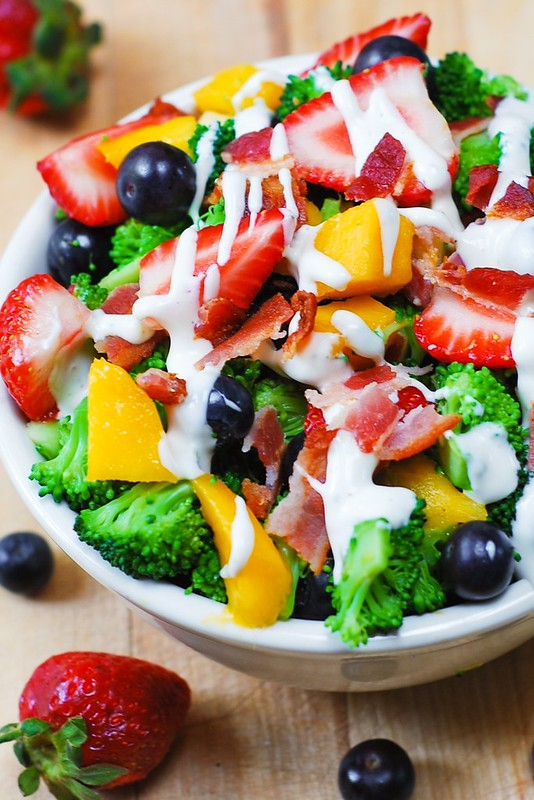 broccoli salad with bacon, blueberries, strawberries, mango, fruit salad, healthy salad, healthy recipes, sweet salad dressing, mayo salad dressing, homemade salad dressing for broccoli salad