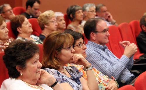 Desenes de persones van assistir a la conferència.Foto:MC