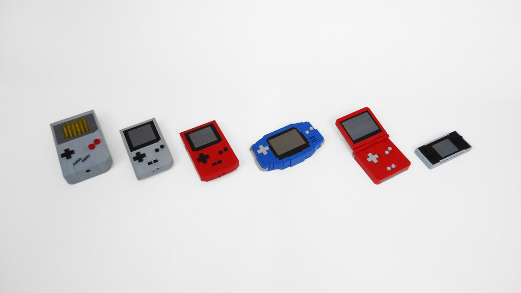 Gameboy Line in Lego by DξβS