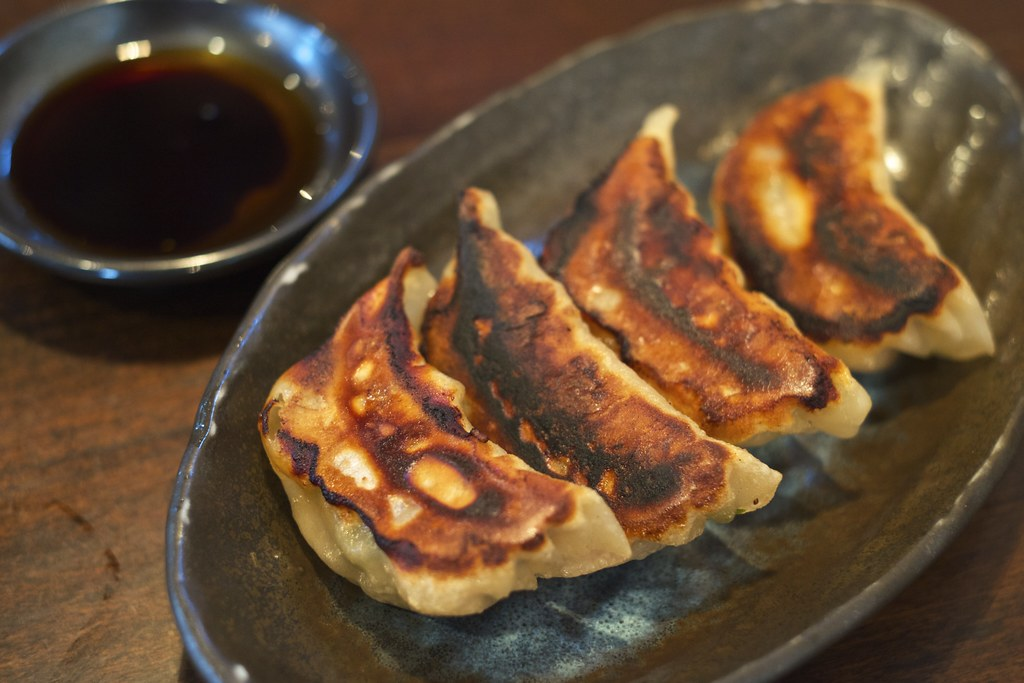 Baked Chinese dumplings / 焼き餃子 / 忠実堂 (千葉県船橋市)