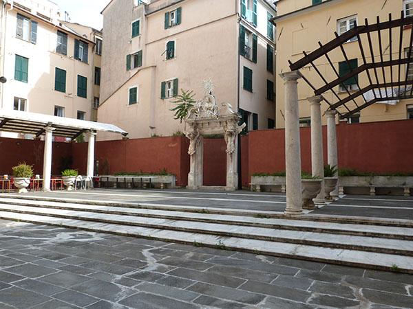 terrasse du palazzo rosso